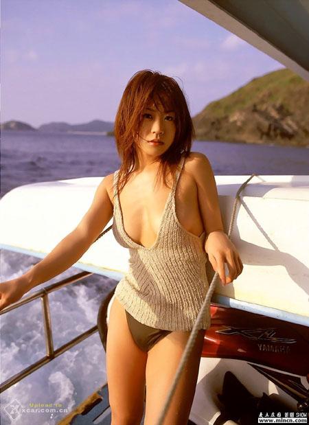 日本人气美女车模4 humin244965158 竖